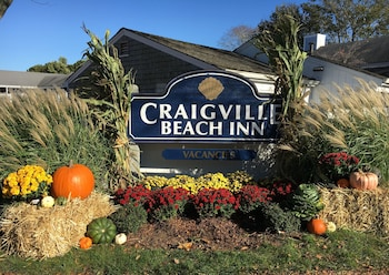 Picture of Craigville Beach Inn in Centerville