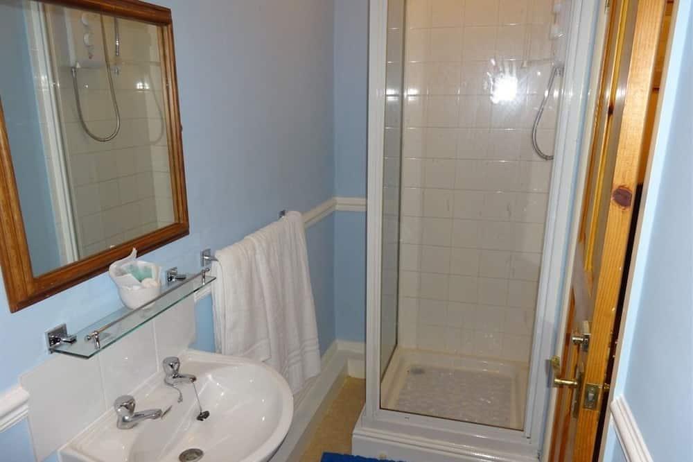 Double Room, Ensuite (R4) - Bathroom