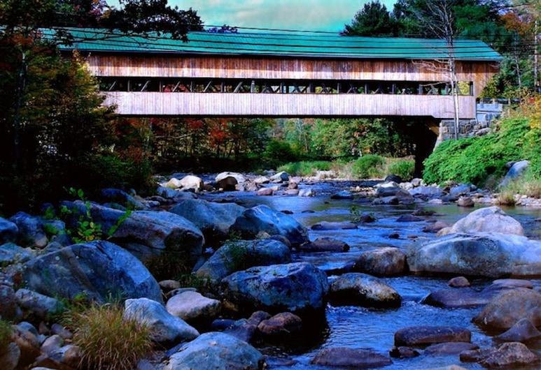 Covered Bridge Riverview Lodge , Jackson