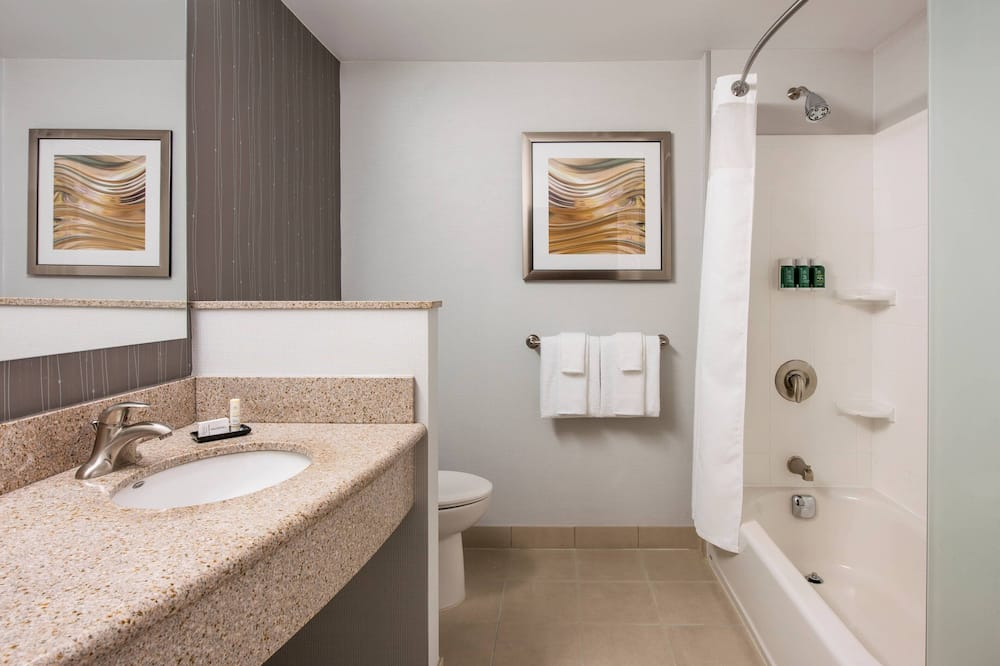 Δωμάτιο, 2 Queen Κρεβάτια, Μη Καπνιστών - Μπάνιο