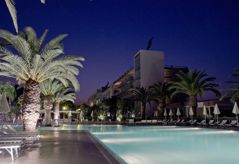 尤里卡皇宮酒店溫泉度假村, 敘拉古, 室外泳池
