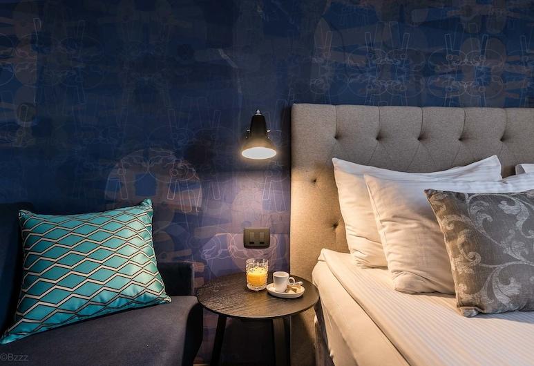 Hotel Mrak, Ljubljana, Comfort double room with sofa bed , Guest Room