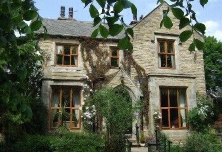 Moss Lodge , Rochdale
