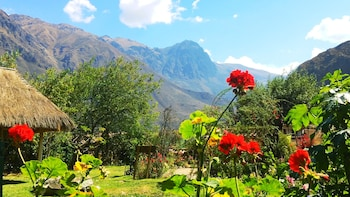 Enter your dates to get the Ollantaytambo hotel deal