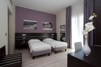 Фото Hotel Vienna у місті Єзоло
