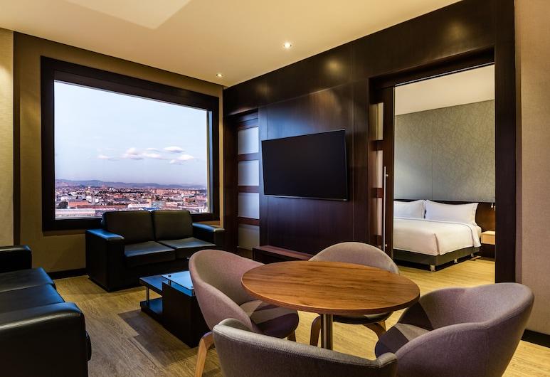 DoubleTree by Hilton Bogota Salitre AR, Bogotá, Suite, 1 letto king, Area soggiorno