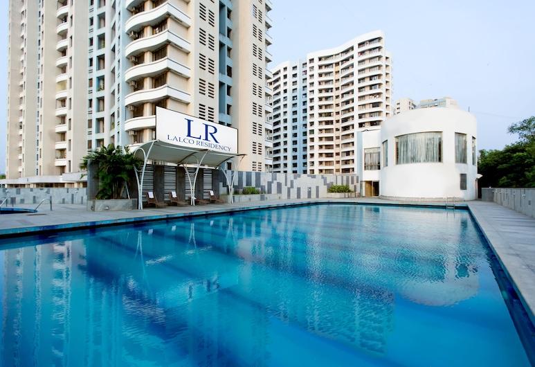 لالكو ريزيدنسي, مومباي, حمام سباحة