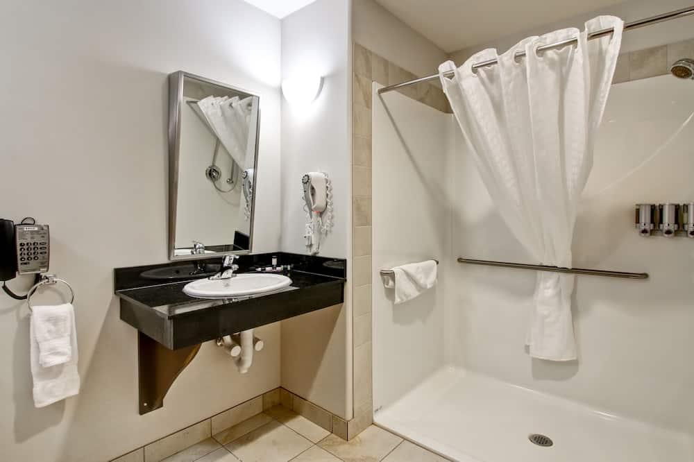 Oda, 1 En Büyük (King) Boy Yatak, Engellilere Uygun (King Room Barrier Free) - Banyo