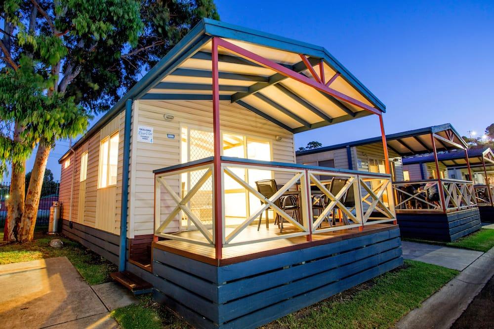 Superior 2 Bedrooms Cabin - Sleeps 6 - Balcony