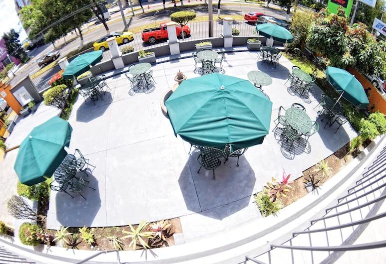 Expo Hotel Guadalajara, Guadalajara, Yemek