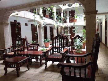 Фото Hotel Don Quijote Plaza у місті Гвадалахара