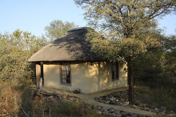 Enter your dates to get the Hoedspruit hotel deal