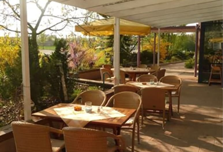 Hotel-Restaurant Kerzenstüble, Gärtringen, Terrazza/Patio