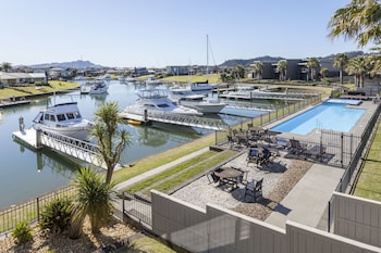 Picture of Sovereign Pier on the Waterways in Whitianga
