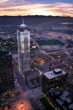 15 Closest Hotels To Sports Authority Field Mile High Station In Denver