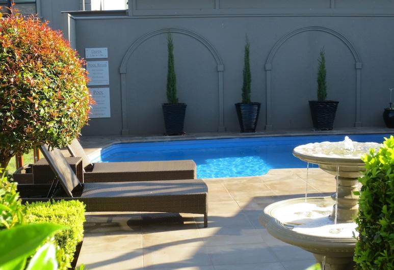 Gallery Apartments, Warrnambool, Outdoor Pool