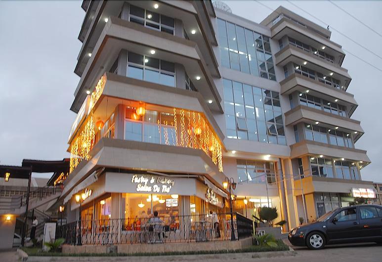 Robinhood Inn, Accra
