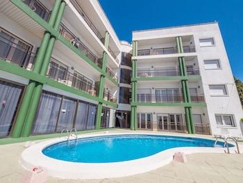 תמונה של Apartaments AR Melrose Place בLloret de Mar