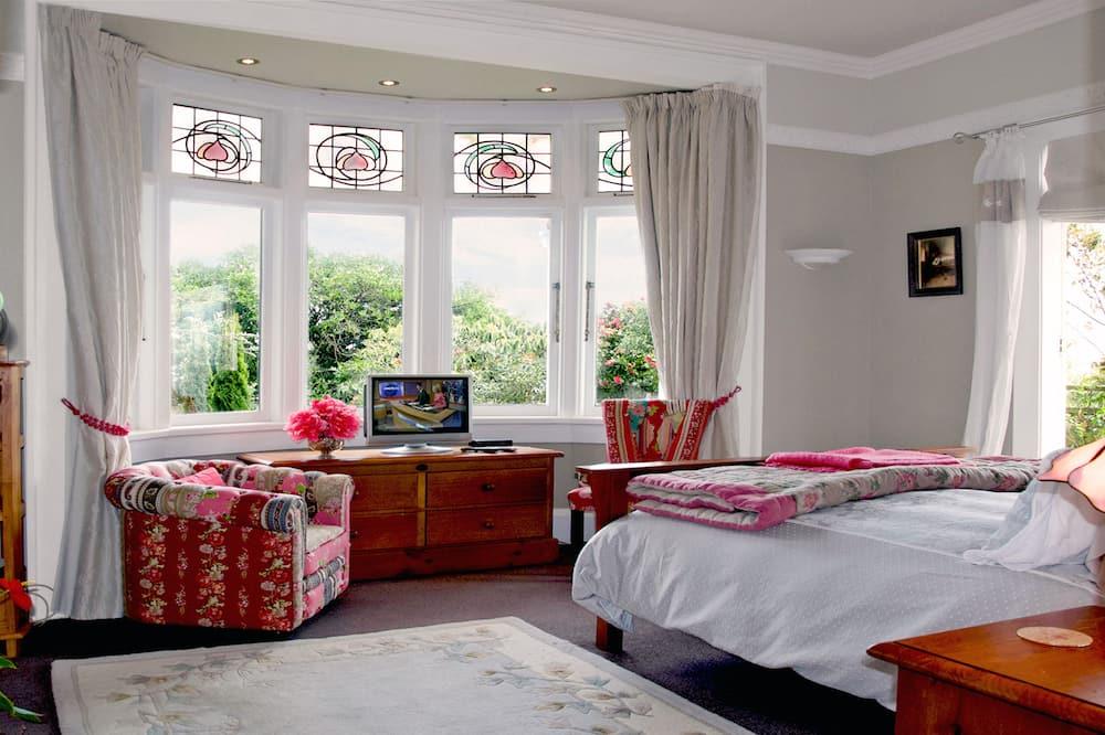 Room - Garden View