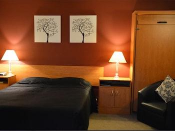 Mynd af Kiwi Studios Motel í Palmerston North