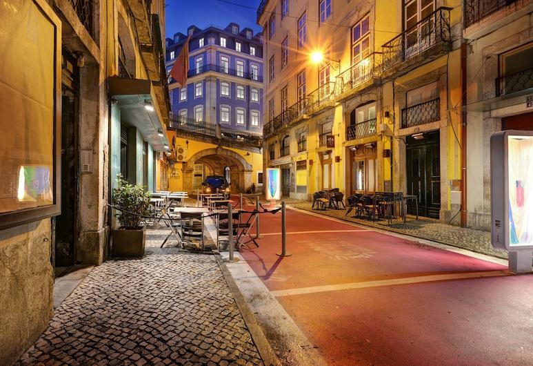 Lx Boutique Hotel, Lisboa, Hotellets front – kveld/natt