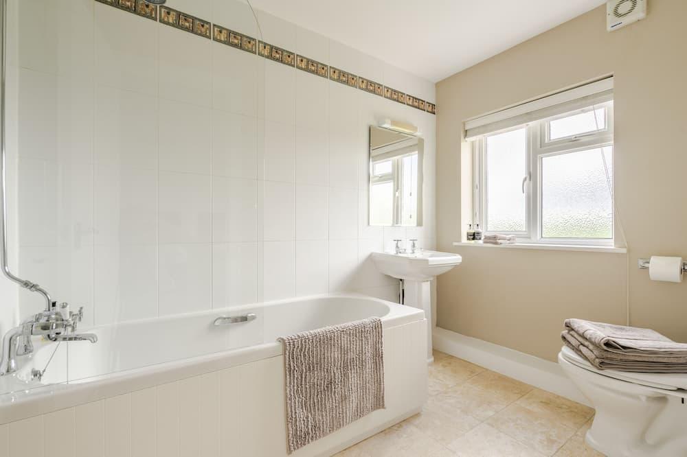 Phòng đôi hoặc 2 giường đơn, Có phòng tắm riêng (shower) - Phòng tắm