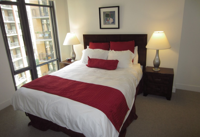 Global Luxury Suites at The Convention Center, Washington, Guest Room
