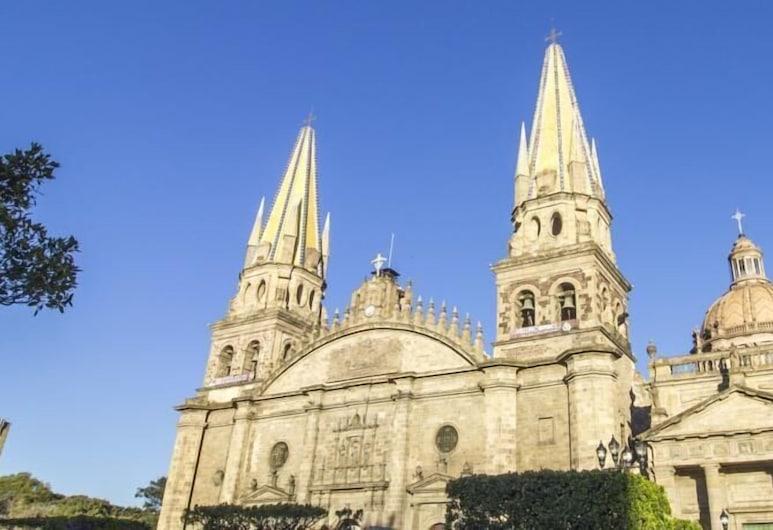 卡斯蒂利亞萊昂飯店, 瓜達拉哈拉, 外觀