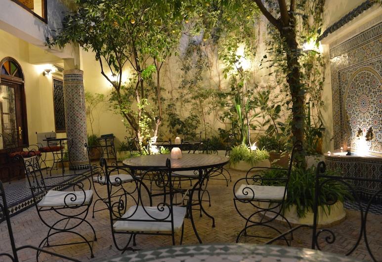 Riad Jardin Chrifa, Fez, Terraza o patio