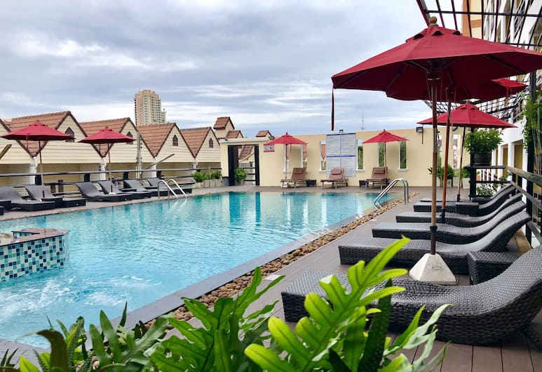 โรงแรมโกลเด้น ซี พัทยา, พัทยา, สระว่ายน้ำกลางแจ้ง