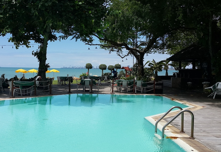 Sunset Village Beach Resort, Sattahip, Pool