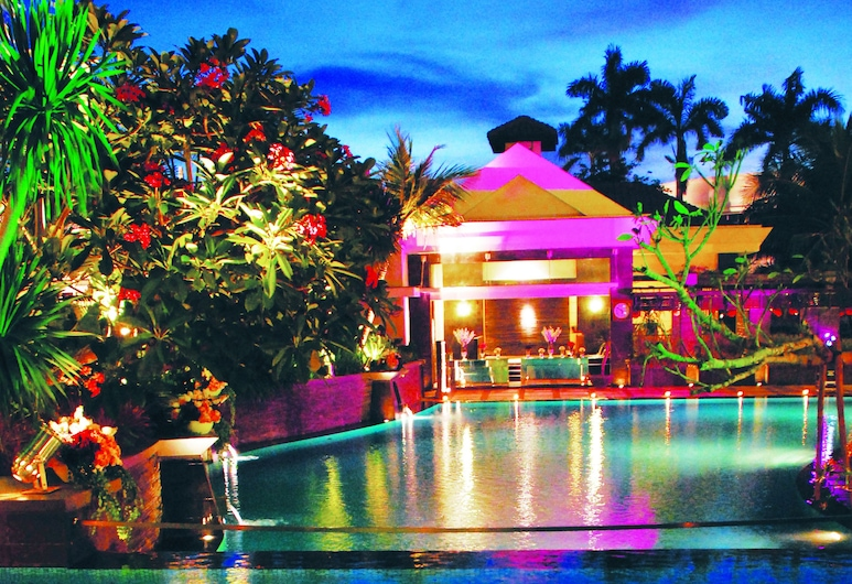 Java Paragon Hotel and Residences, Surabaya, Kolam Renang