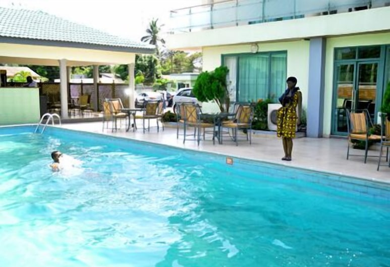Crystal Palm Hotel, Accra, Outdoor Pool