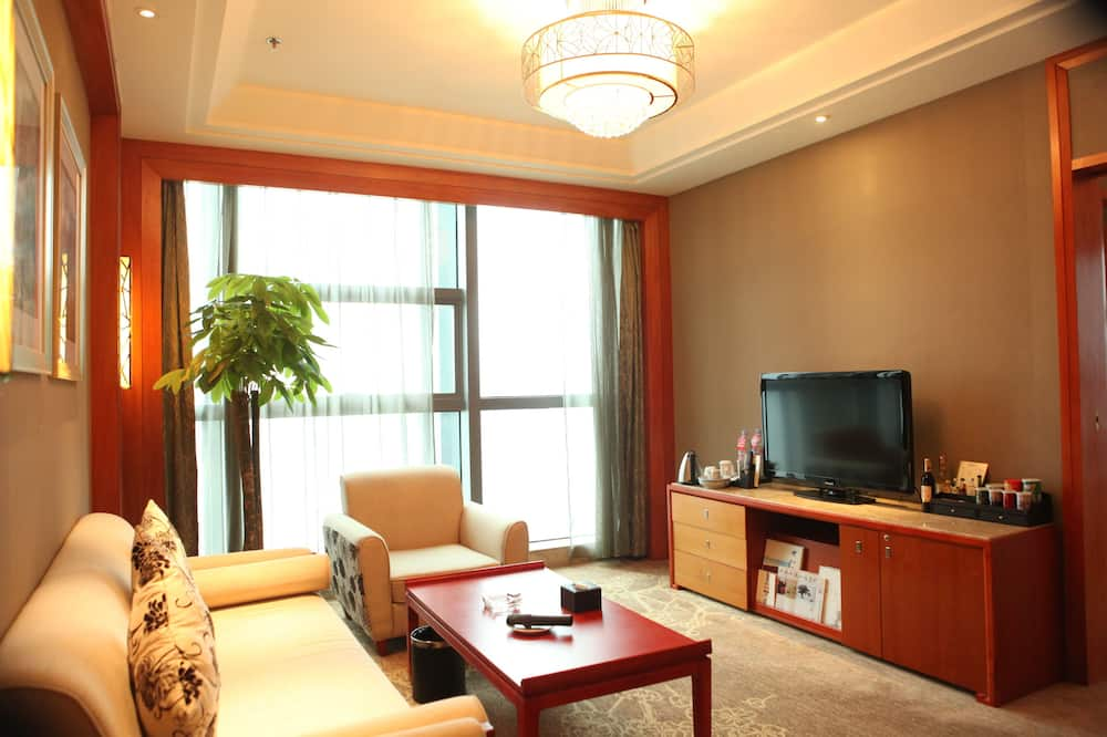 Executive Suite, River View - Living Area