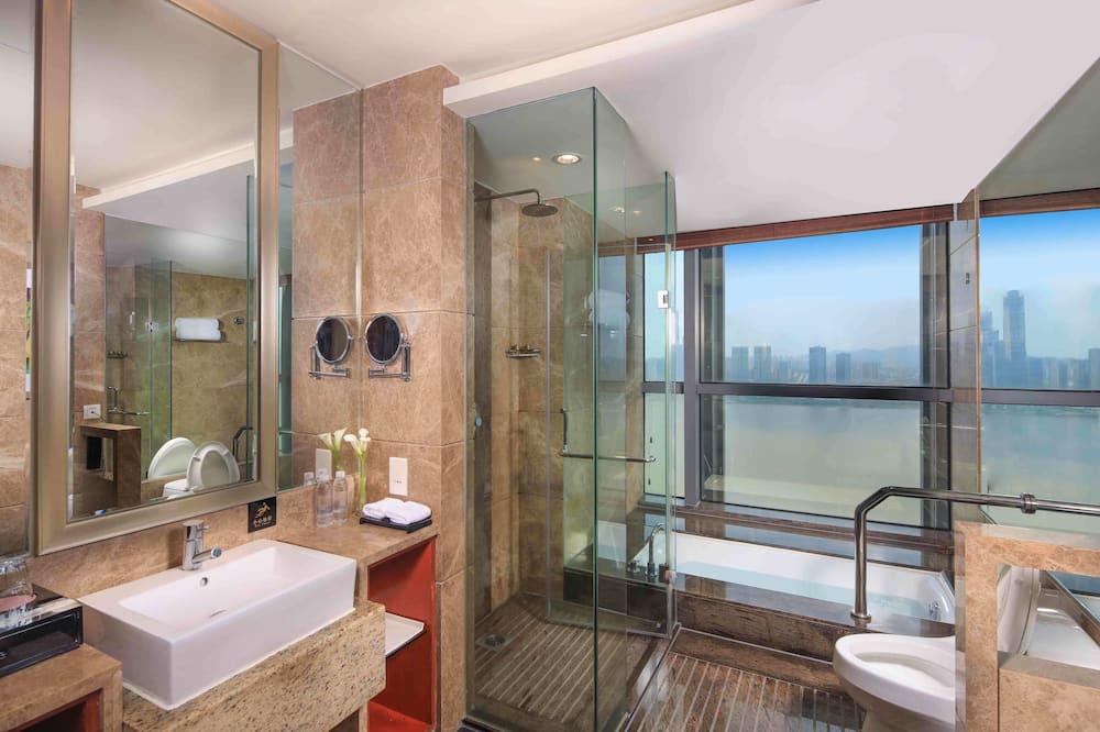 Superior Room, 2 Twin Beds - Bathroom