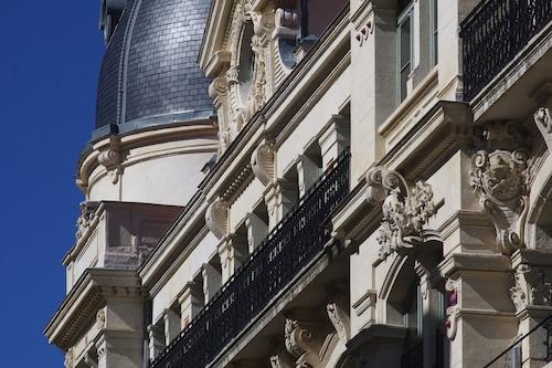 聖艾蒂安市公寓酒店/