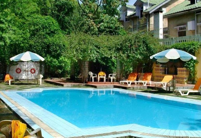 WelcomHeritage Taragarh Palace, Baijnath, Outdoor Pool