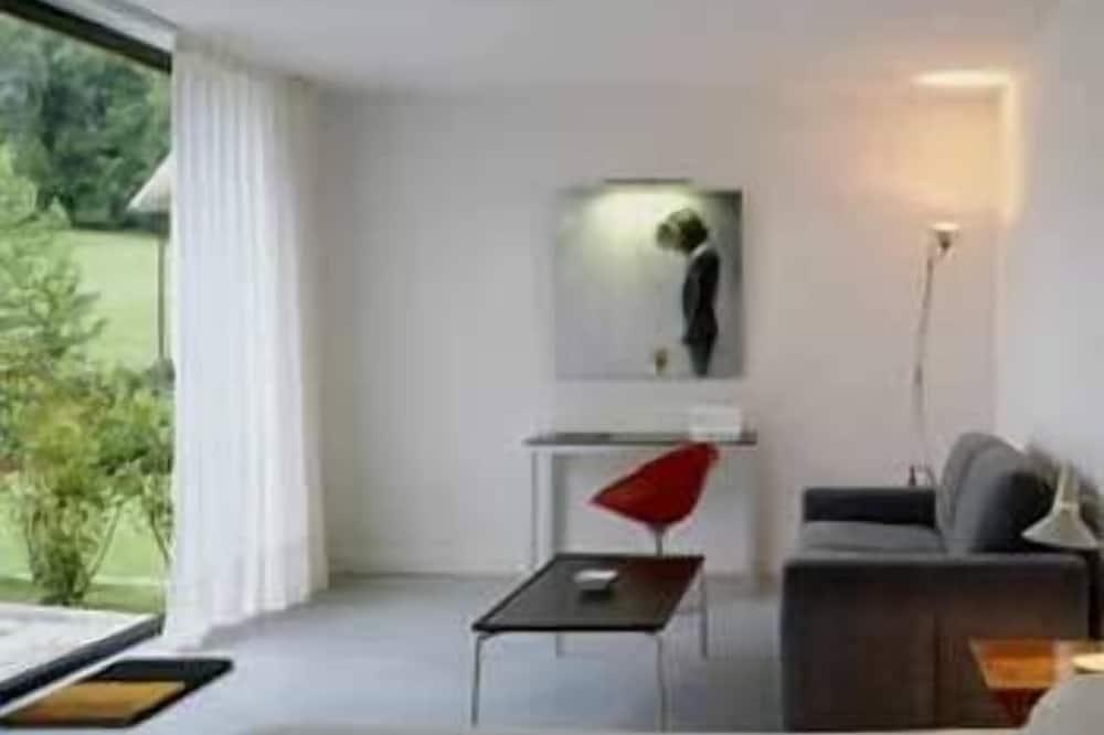 Panoramic Studio, 1 Bedroom - Guest Room
