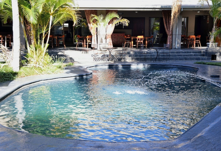 Elephant Springs Hotel & Apartments, Bela-Bela, Outdoor Pool