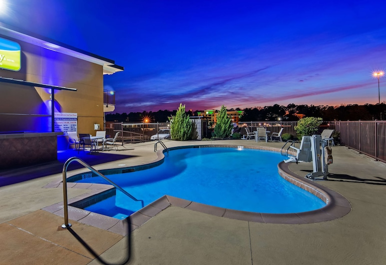 SureStay Hotel by Best Western Tupelo North, Tupelo, Pool
