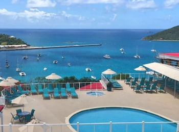 Slika: Pirates Pension at Bluebeard's Castle by Capital Vacations ‒ St. Thomas