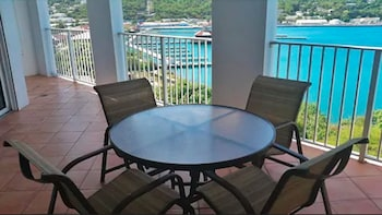 Fotografia do Pirates Pension at Bluebeard's Castle by Capital Vacations em St. Thomas