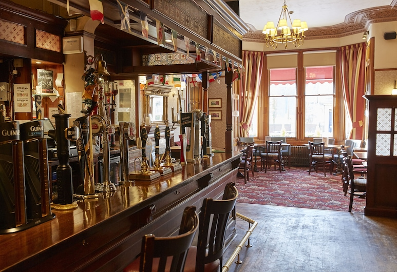 The Hampton Hotel by Greene King Inns, Edinburgh, Hotel Bar