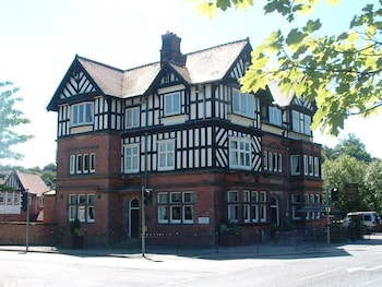 Picture of The Station Hotel in Ashbourne