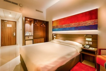 두바이의 시티맥스 호텔 알 바샤 앳 더 몰 사진
