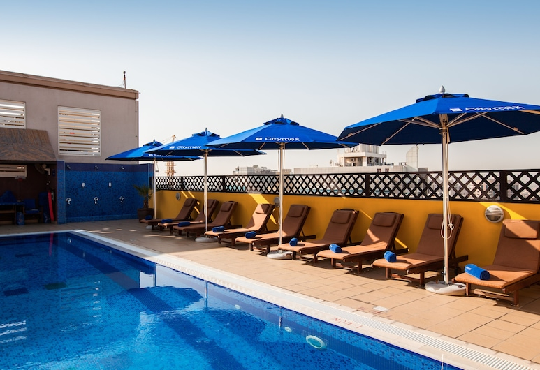 Citymax Hotel Al Barsha at the Mall, Dubai, Pool auf dem Dach