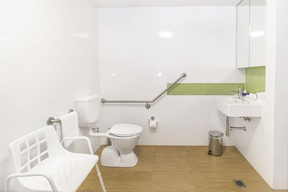 Accessible Studio - Bathroom