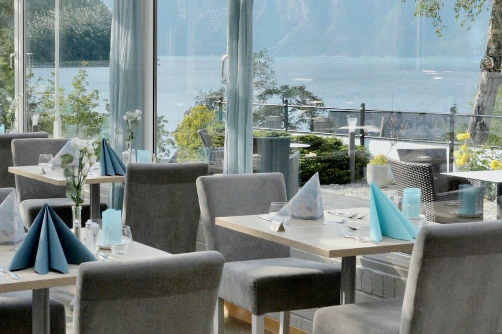 Phòng đơn (Fjord View) - Khu phòng khách