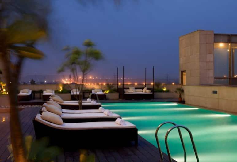 Crowne Plaza Hotel New Delhi Okhla, New Delhi, Vanjski bazen