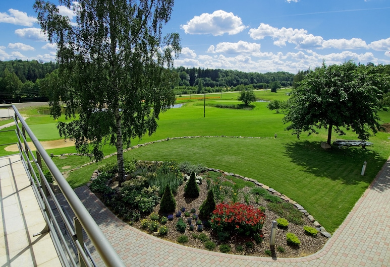 Golfa Klubs Reinis, ซิกุลดา, ห้องเบสิกสวีท, 2 ห้องนอน, ห้องน้ำส่วนตัว, วิวสวน, ระเบียง